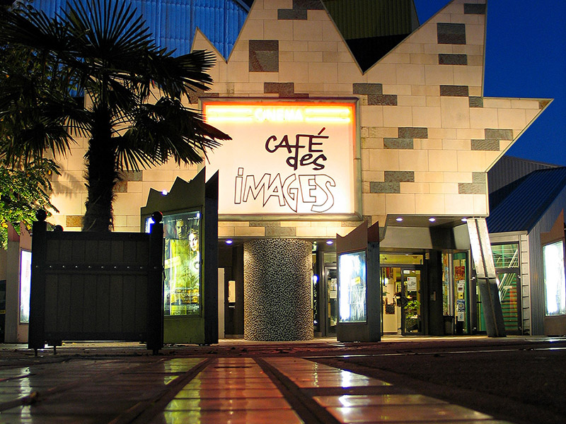 Vue exterieur du Café des Images