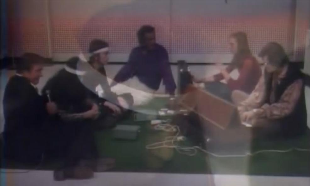 John Lennon, Yoko Ono & Chuck Berry avec David Rosenboom dans the Mike Douglas Show.