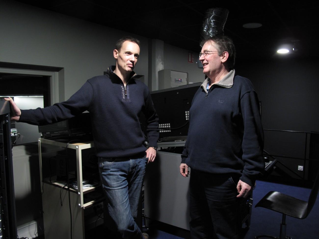 Christophe Lapeyre et Gérard Le Cann dans la salle de projection du Rex.