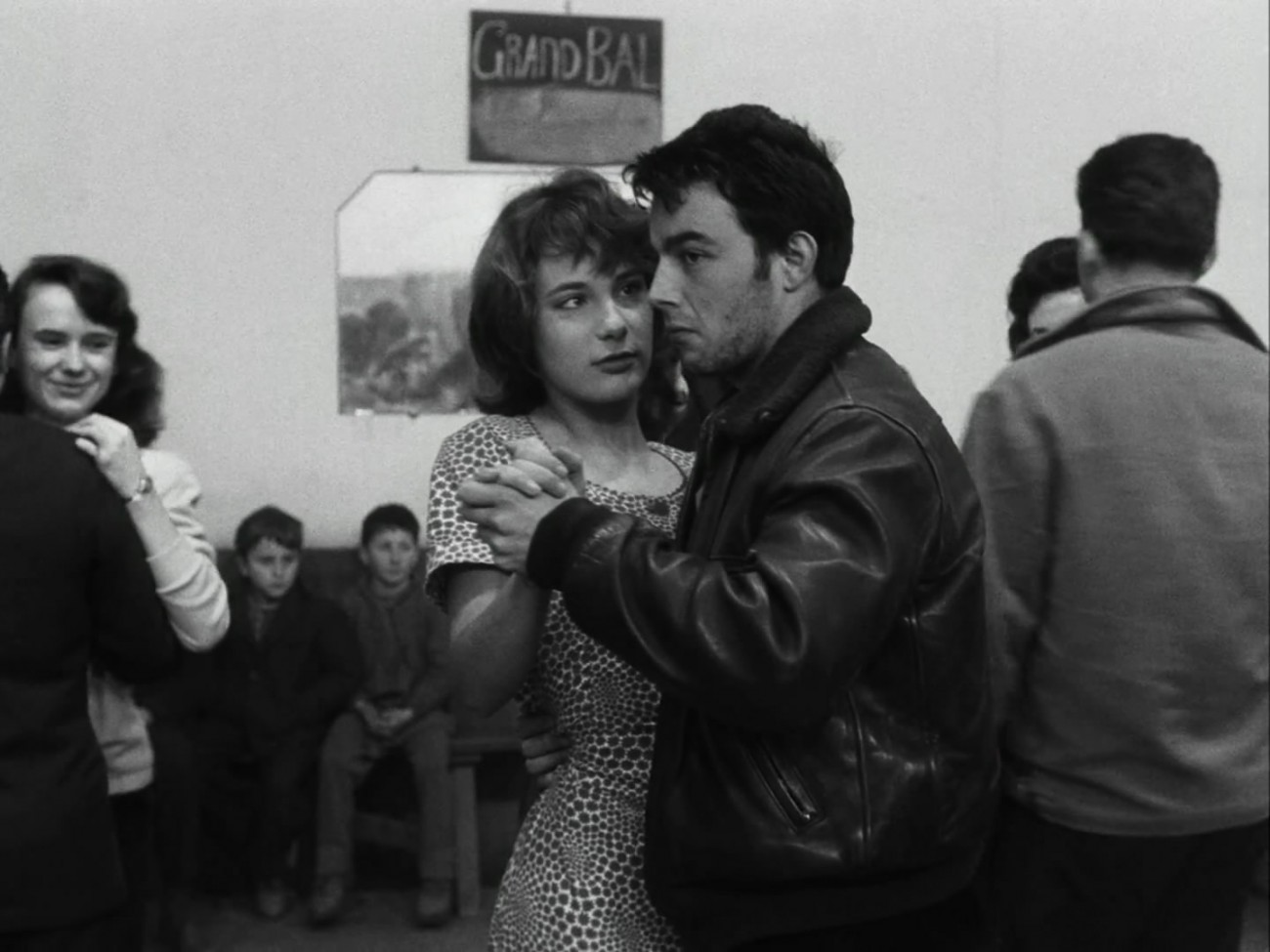 Le.Beau.Serge.1958.1080p.BluRay.x264-CiNEFiLE.mkv_snapshot_01.10.52_[2011.09.26_10.40.32]