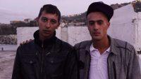 Alger film_1_Entretien 2 jeunes hommes